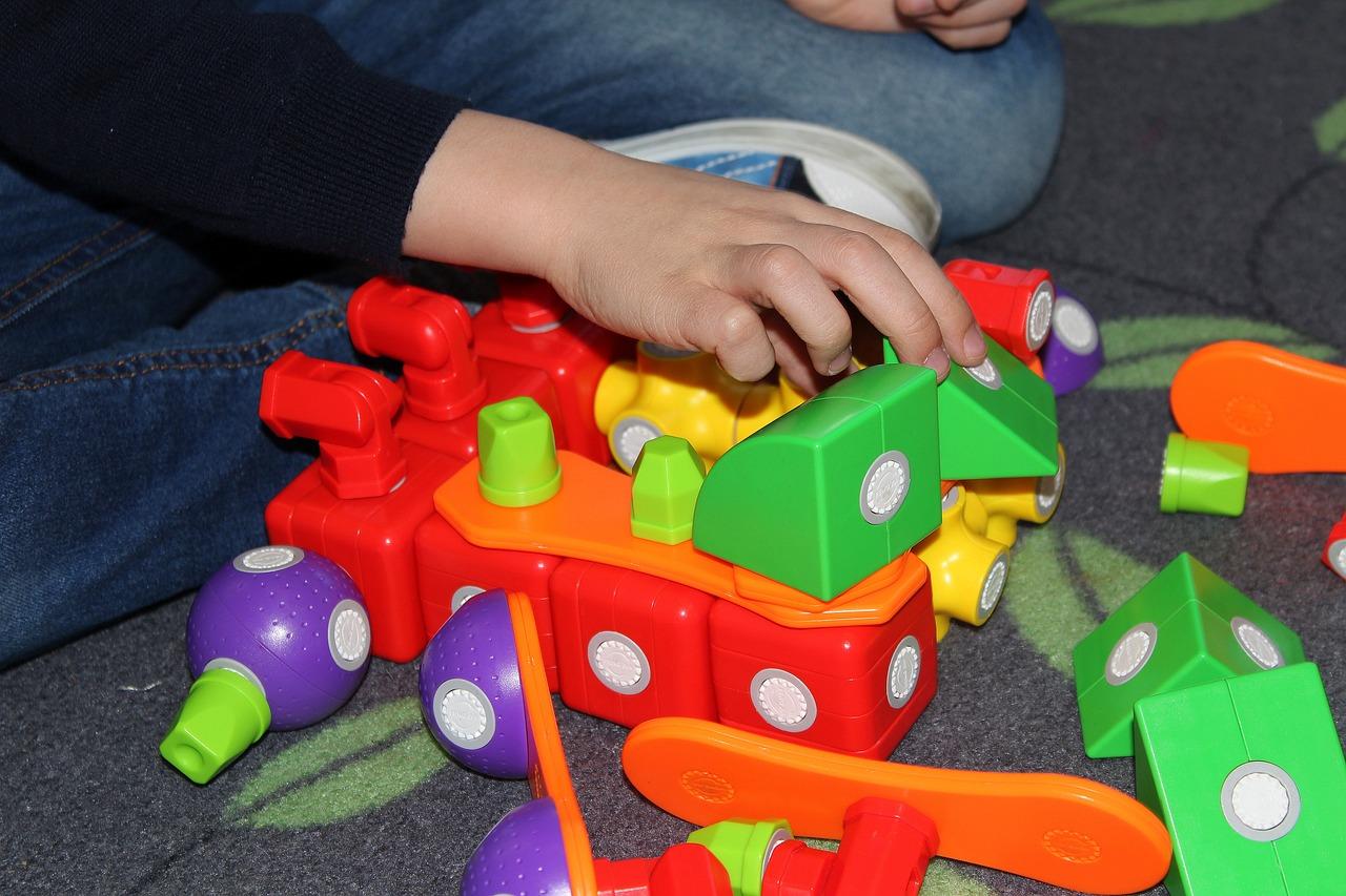 hračky dítě