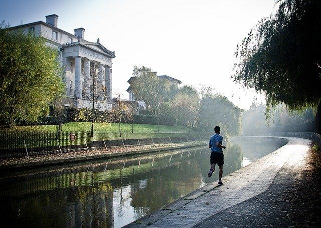 Člověk, ranní běh