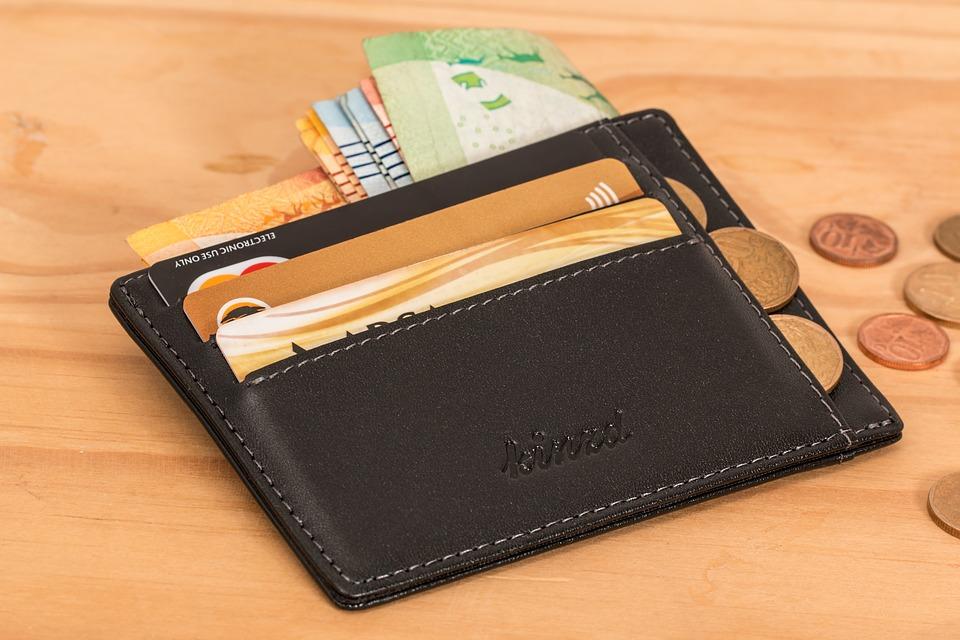 peněženka s financemi
